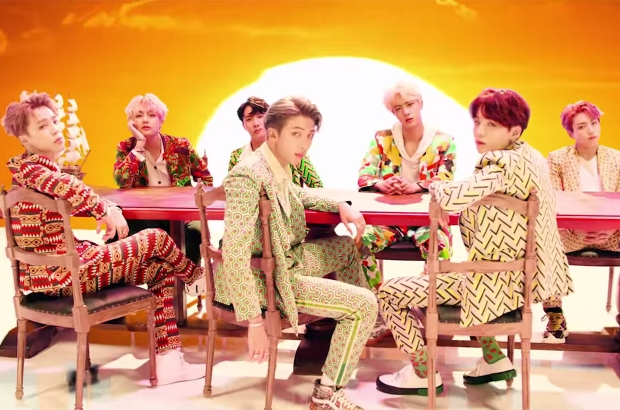 01-BTS-idol-MV-vid-2018-billboard-1548